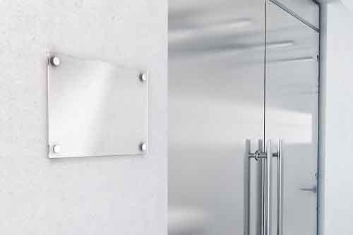 מתקן דלתות זכוכית
